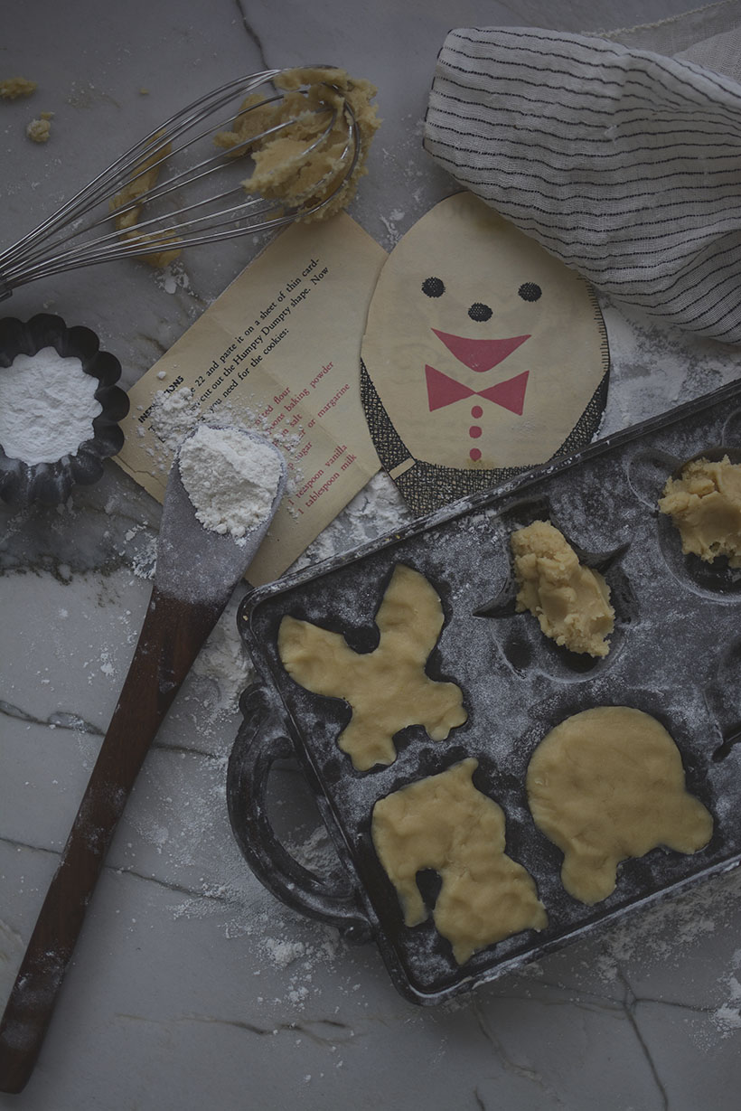Filling Cookie Molds