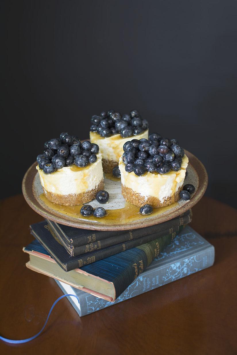 3 Mini-Cheesecakes